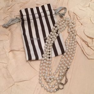 henri bendel Jewelry - Henri Bendel pearl necklace